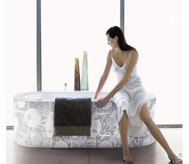 wanna mozaiką obtoczona (model Denver 03) - fot. SICIS