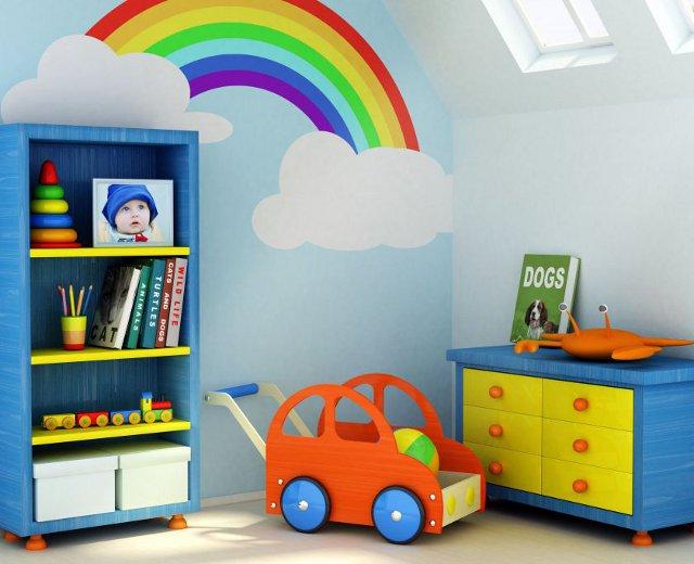 tęcza w pokoju dziecięcym - fot via homeqn.com