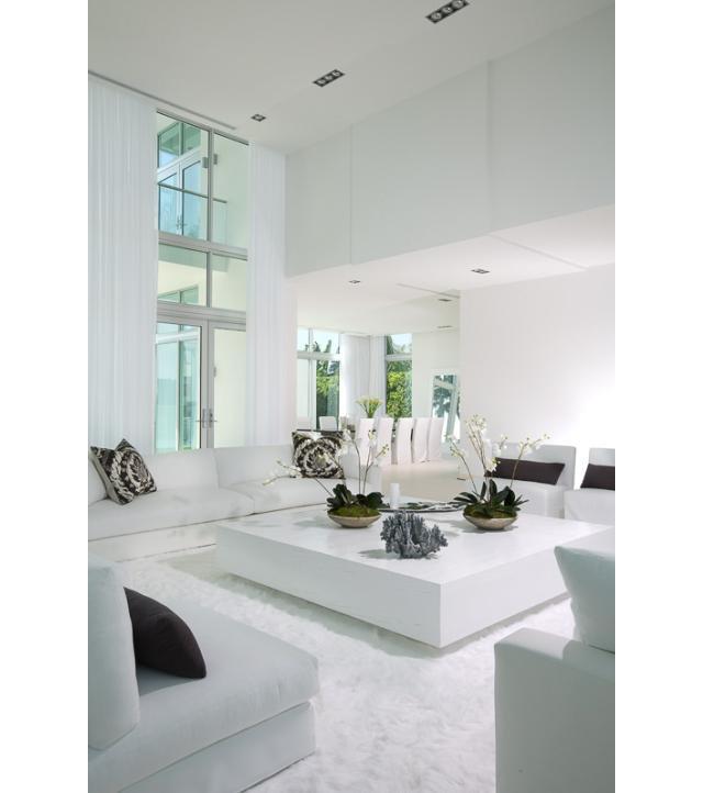 białe, subtelne wnętrze projektu Touzet Studio