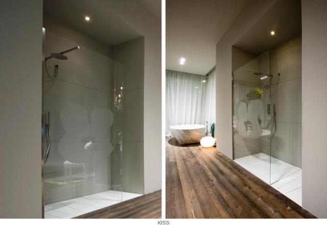 przesłona prysznicowa z motywem całującej się pary -fot. Antonio Lupi