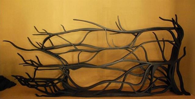 Metamorfoza - drzewiasta półka od Sebastiana Errazuriza