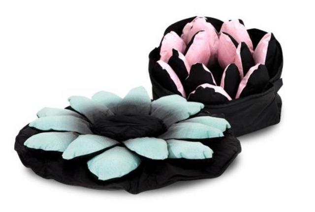 Puff z rozłożonym kwiatostanem i zwinięty - Dream Bag