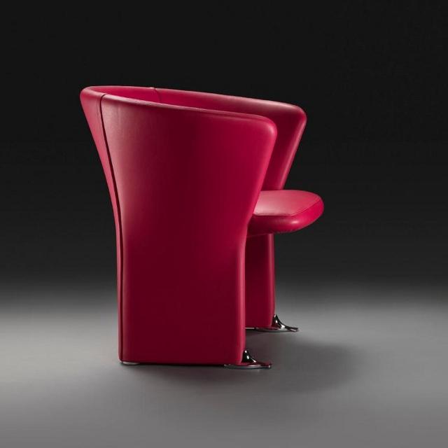 Czerwony fotel Benedetta od Meritalia