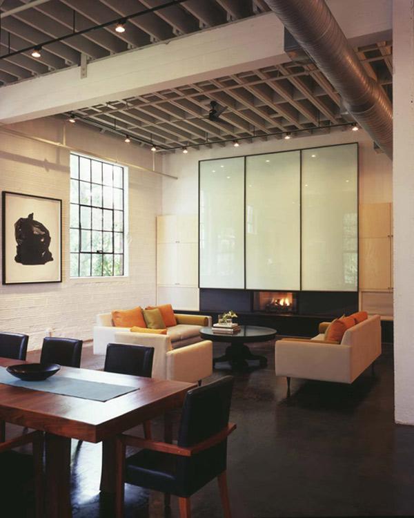 Jadalnia i salon - Loft według Poteet Architects