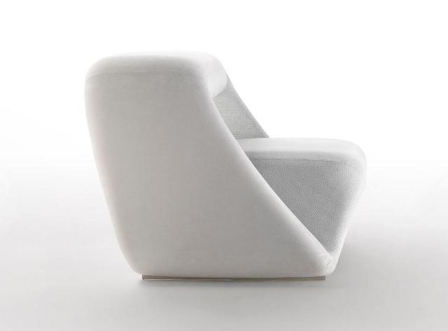Wersja biała sofy Air Lounge System (fot. Meritalia)