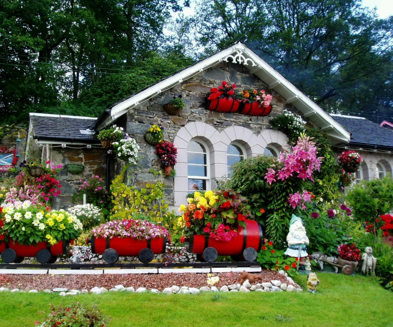 Фасад сада своими руками фото